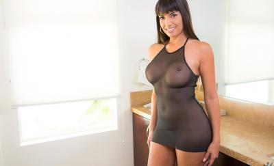 Сексуальная порномодель Мерседес Каррера с сочными формами 15 фото