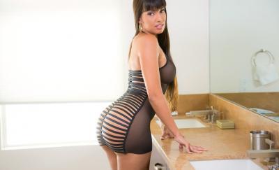 Сексуальная порномодель Мерседес Каррера с сочными формами 5 фото