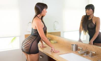 Сексуальная порномодель Мерседес Каррера с сочными формами 6 фото