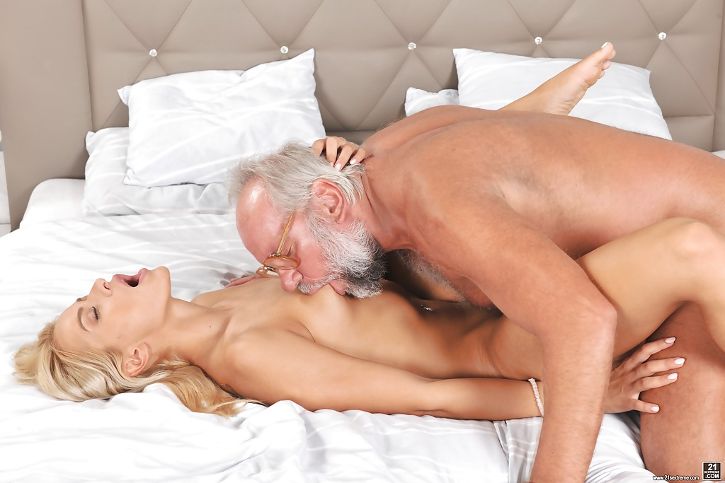 Дедушка Секс Есть