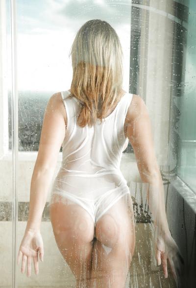 Сексуальная блондинка Brooke Wylde 11 фото