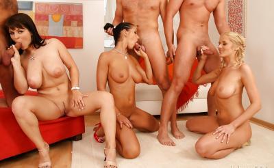 Три жены устроили большую групповуху 8 фото