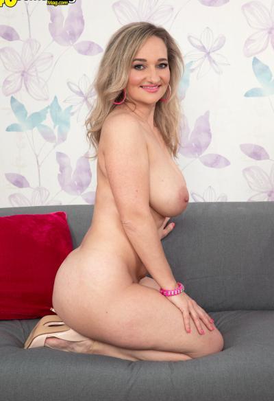 Зрелая блондинка хочет секса 16 фото