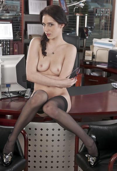 Голая секретарша в чулках 9 фото
