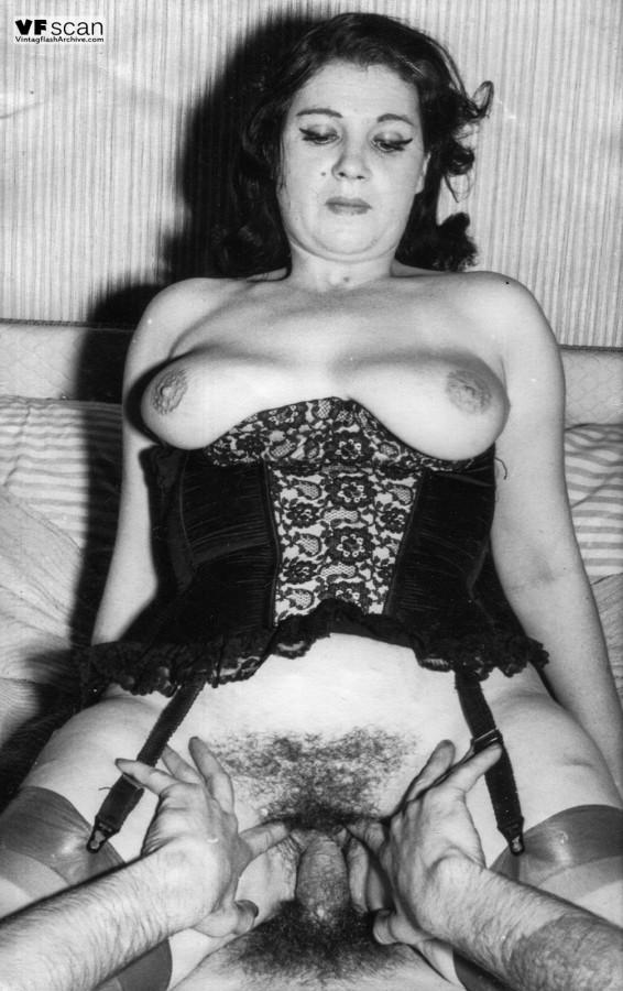 порно фото ретро проституток всего ноготь