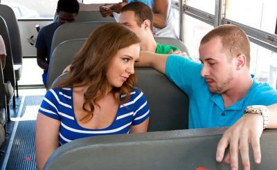 Секс в автобусе 2 фото
