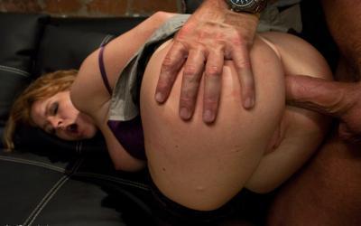 Связал жену и грубо трахнул в попу БДСМ 16 фото