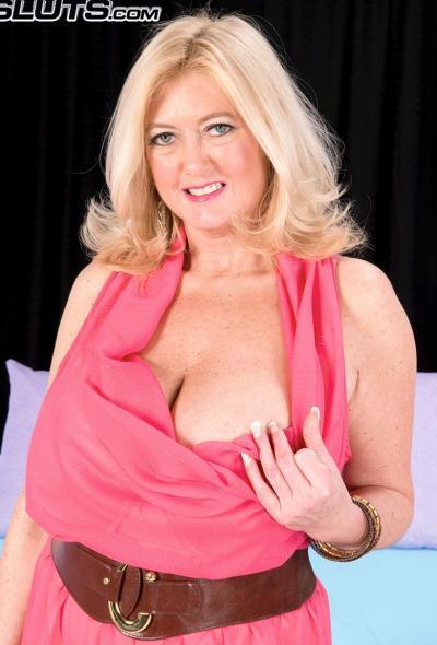 Анальный секс со зрелой блондинкой 1 фото