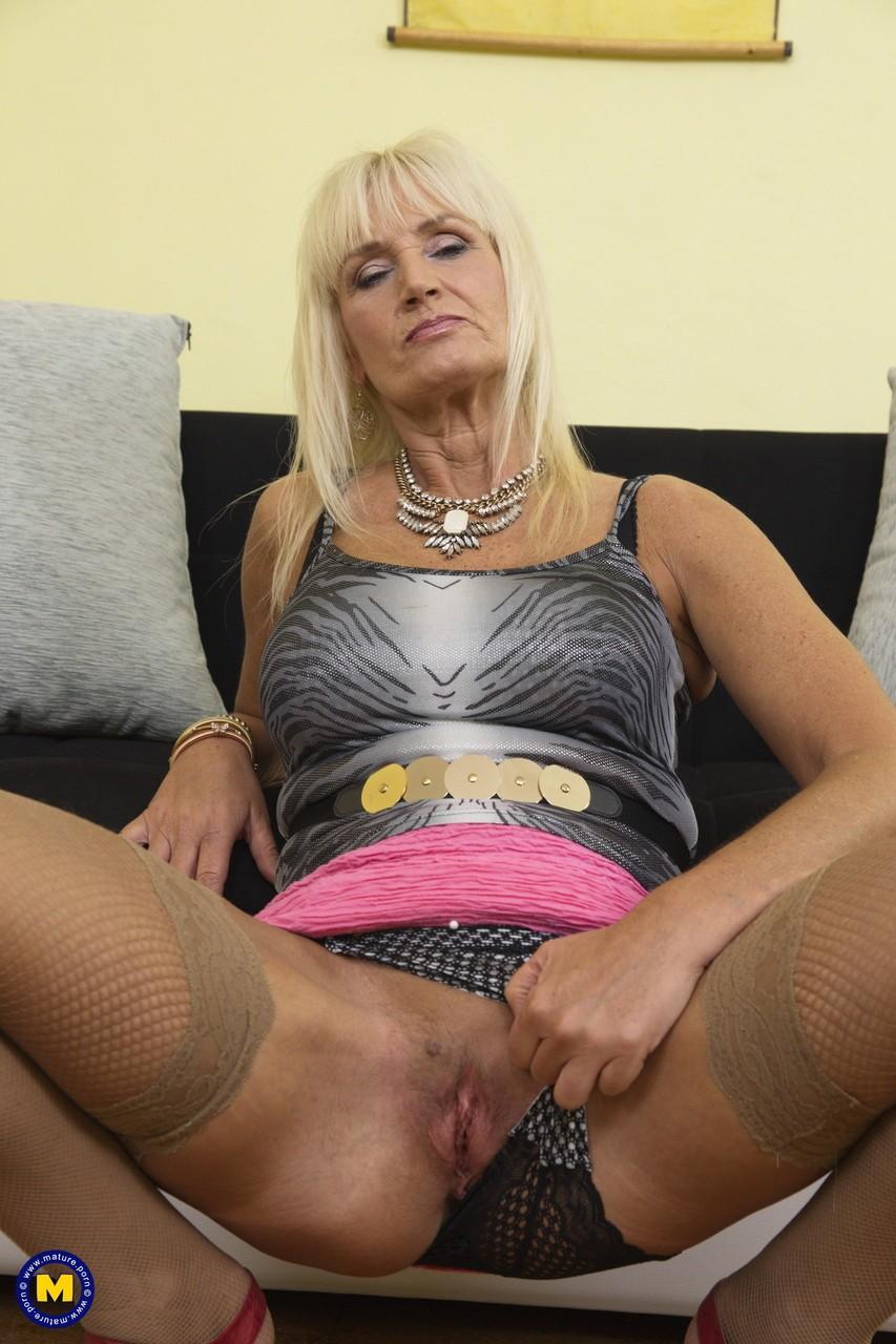 Старая блондинка порно