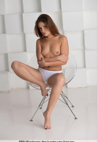 Фотосессия голой девушки 2 фото