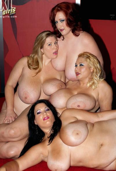 Четверо толстых подружек с огромными сиськами 13 фото