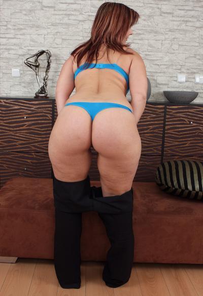 Зрелая жена с большой задницей 6 фото
