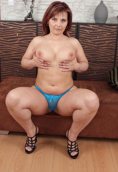 Зрелая жена с большой задницей 7 фото