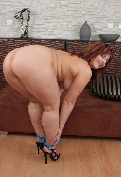 Зрелая жена с большой задницей 8 фото