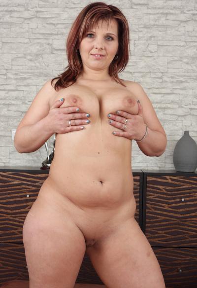 Зрелая жена с большой задницей 9 фото