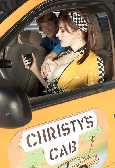 Клиент расплатился жарким сексом за такси 1 фото