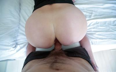 Кончил зрелой мамаше на грудь после секса 3 фото