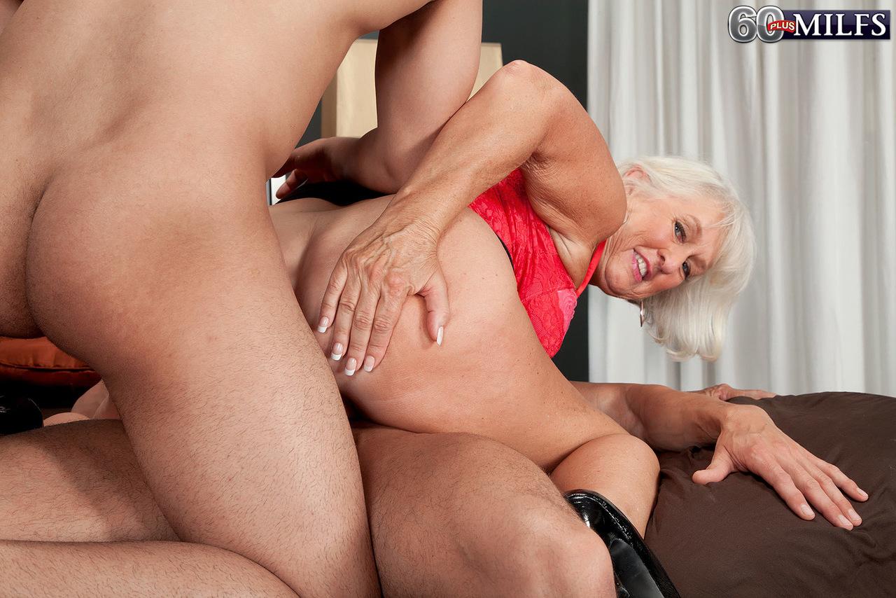 Free Porn Granny Hardcore Sex Pics