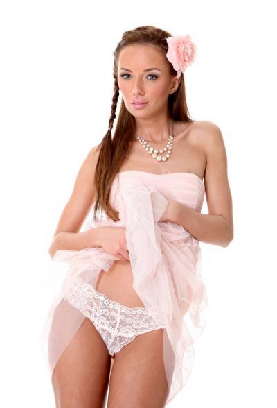 Привлекательная порномодель Gina Devine 4 фото