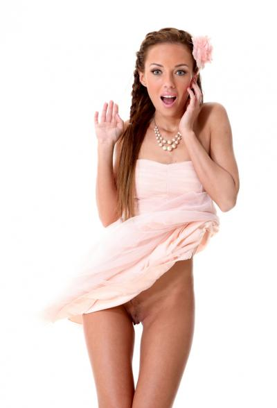Привлекательная порномодель Gina Devine 6 фото