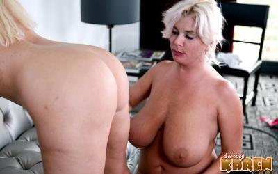 Толстые зрелые лесбиянки целуют интимные места 10 фото